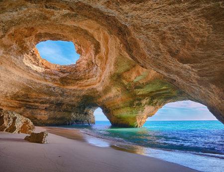 15 от най-невероятните пещери в света