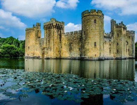 Замъкът Боудиъм, Англия