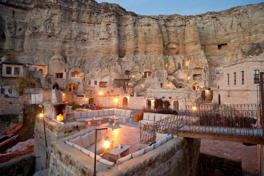 Пещерен хотел в Кападокия.