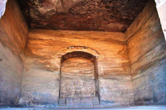 Jordan-Petra-Monastery-Inside-Tour