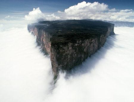 Планината Рорайма, Венецуела/ Бразилия/ Гвиана