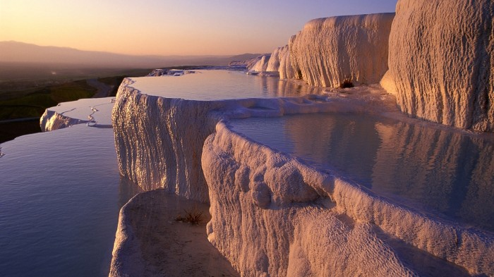 nature-landscapes_hdwallpaper_incredible-salt-pools-in-pamukkale-turkey_5441