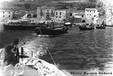 Лодки в залива Скопело